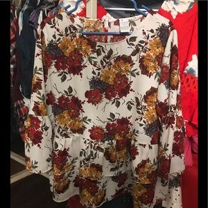 Beautiful fall colored top size 16/18